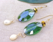 Emerald Pearl Dangle Earrings