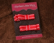 Red and White Saddle Stitch Clippies