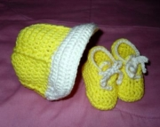 Newborn Bright Yellow and Cream Baseball hat and Sneaker Booties