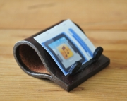 IPod Mini Leather Stand