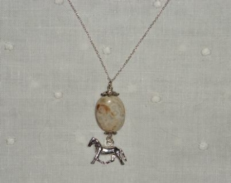DANGLING PONY NECKLACE IN STERLING SILVER