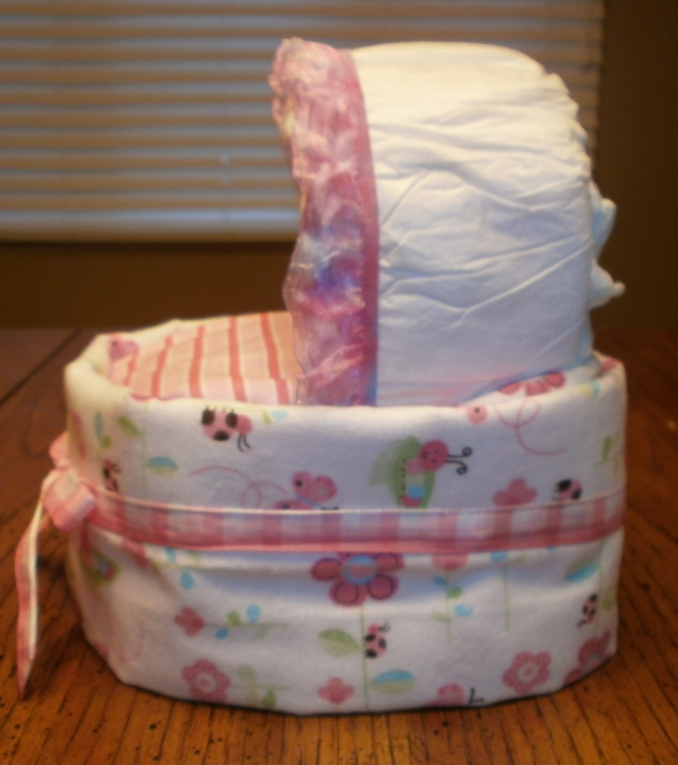 How To Make A Baby Diaper Cake Bassinet