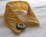 Knitted Diamonds Lace Bracelet Yellow