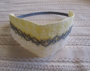 Headband W Tatting yelloW and Blue