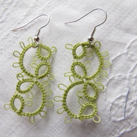 Tatted Frilly Vine Earrings-green