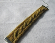 Knitted Cable Bracelet Olive