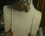 tan shell necklace set