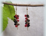 Onyx and agate cluster earrings