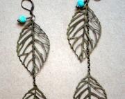 Lightweight Dangling Leaf Earrings
