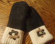 Black and White Felted Sweater Wool Mittens Upcycled Repurposed OAK Gift FREE SHIPPING