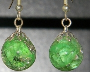 Light green cat eye crackle stone earrings