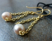 On Sale - 30% off! Trapeze Pearl Earrings
