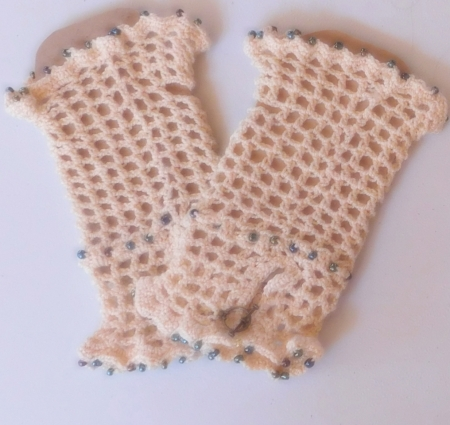 Ecru Fingerless Gloves