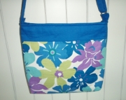 Multicolored Flowered Cross Body Bag (z)