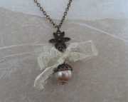 Necklace Fall Acorn Vintage Pearl Lace