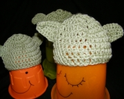 Cocheted Baby Yoda-ears Hat