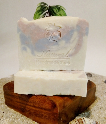 Honeysuckle Soap 5oz Natural