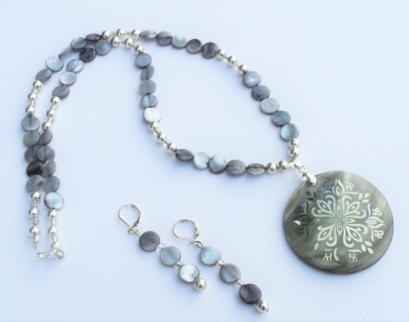 Shell  Sterling Silver Necklace Set